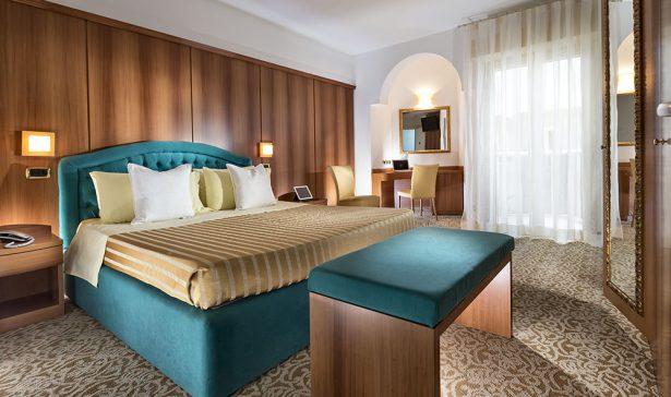 Bagno con box doccia e jacuzzi archivi milano resort
